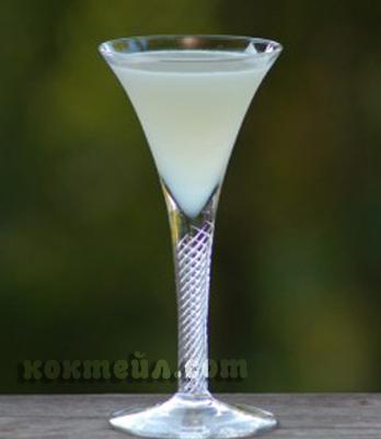 коктейл Бял паяк