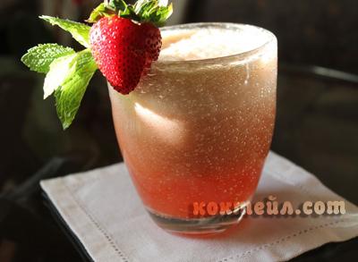 коктейл Пяна горски плодове